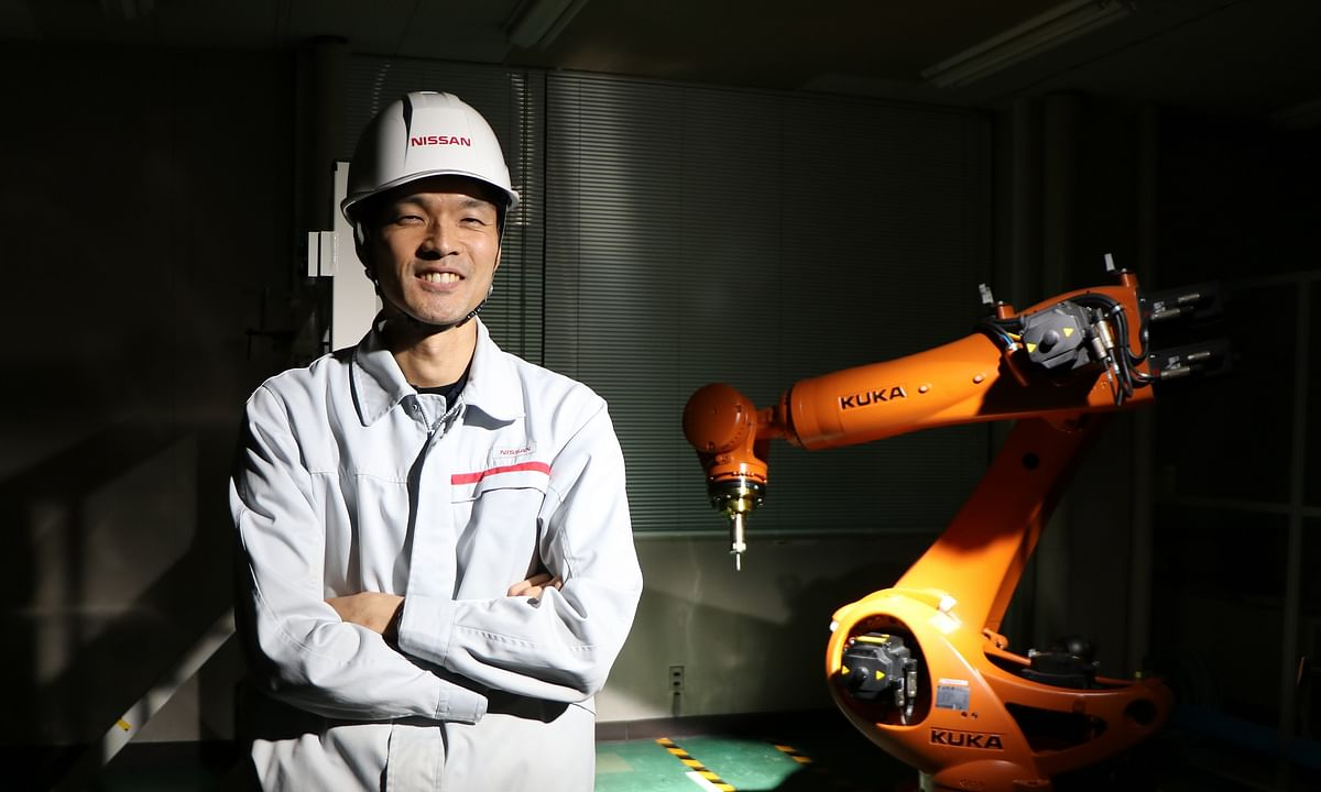 Nissan Teaches Robots to Make Replacement Parts for Cars