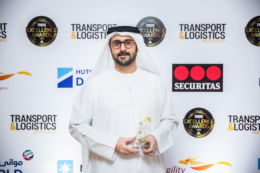 Mr. Faisal M. Al Mulla with his Influencer of the Year Award