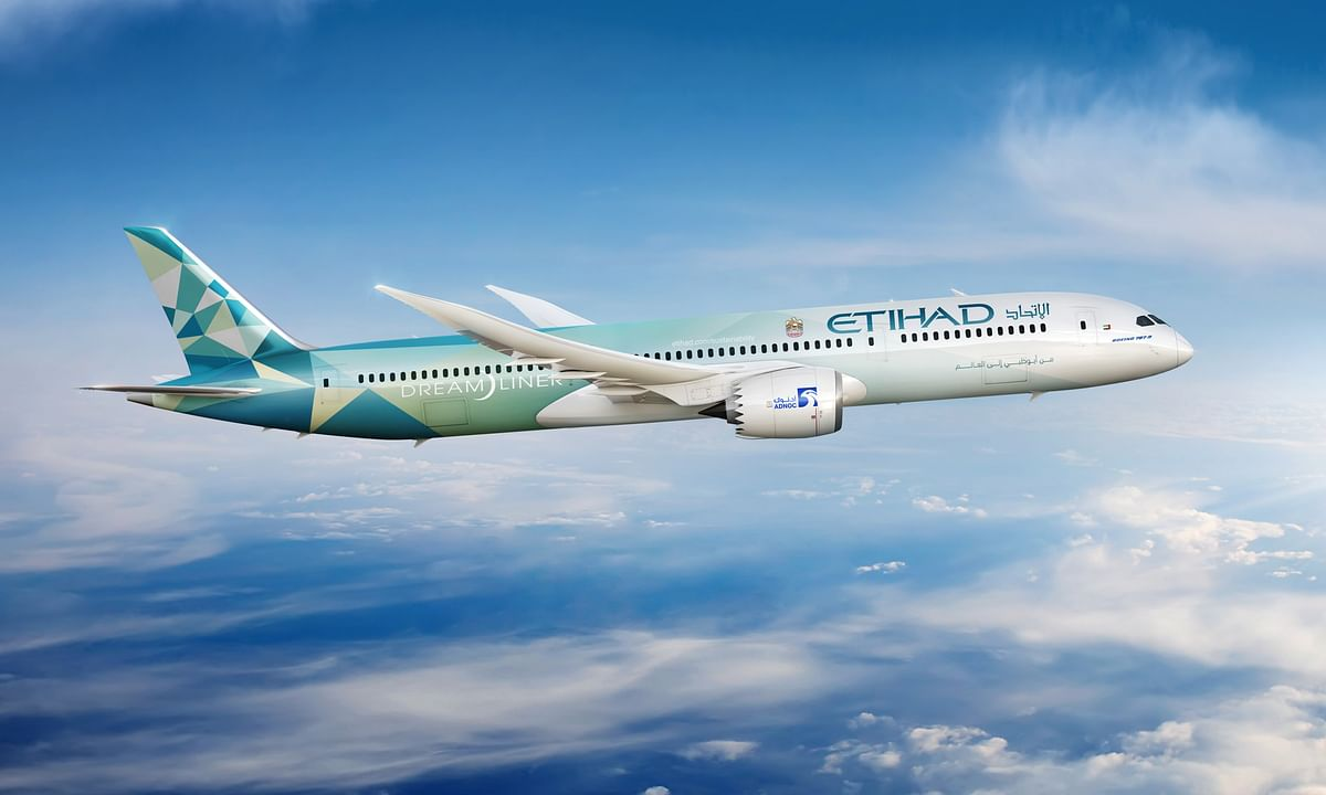 Etihad and Boeing Unveil the New 'Etihad Greenliner' Plane
