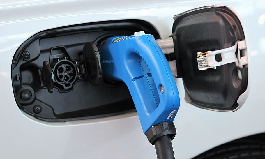 Lithium Batteries to Power Cars 2000 km on Single Charge to be Trialed
