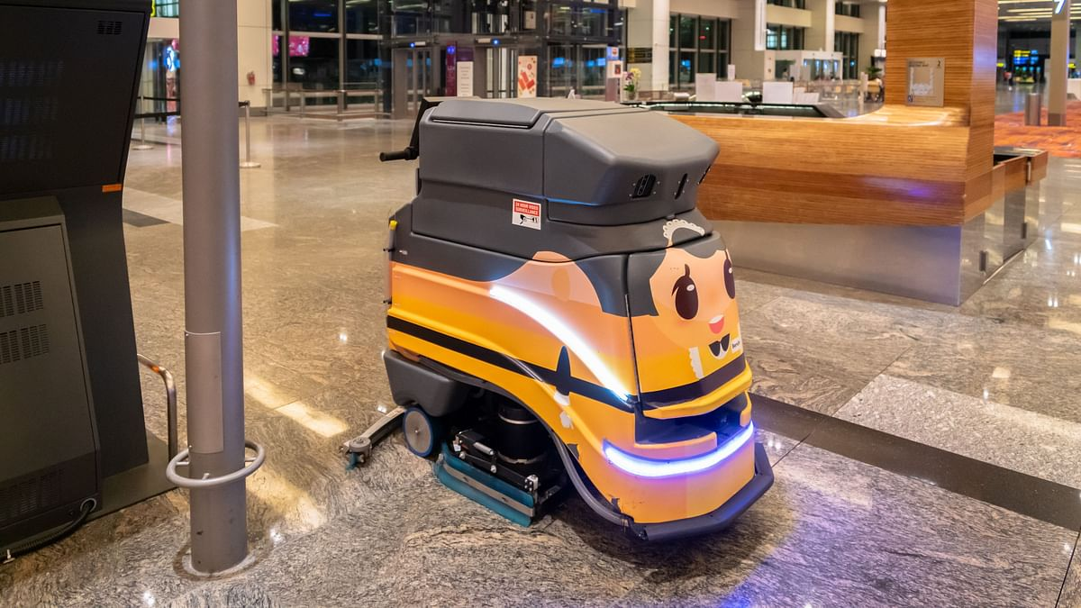 Abu Dhabi Airports to Deploy Made in UAE Robotics Technology