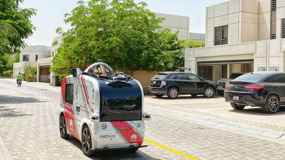 Self-Driving Vehicle to Distribute PPEs in Sharjah