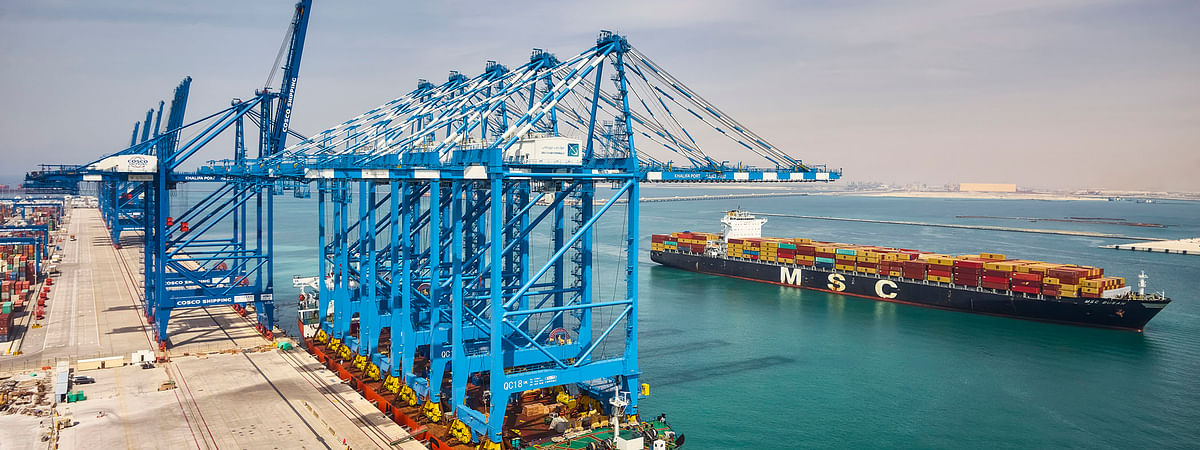 Khalifa Port Container Terminal Receives Five New STS Cranes