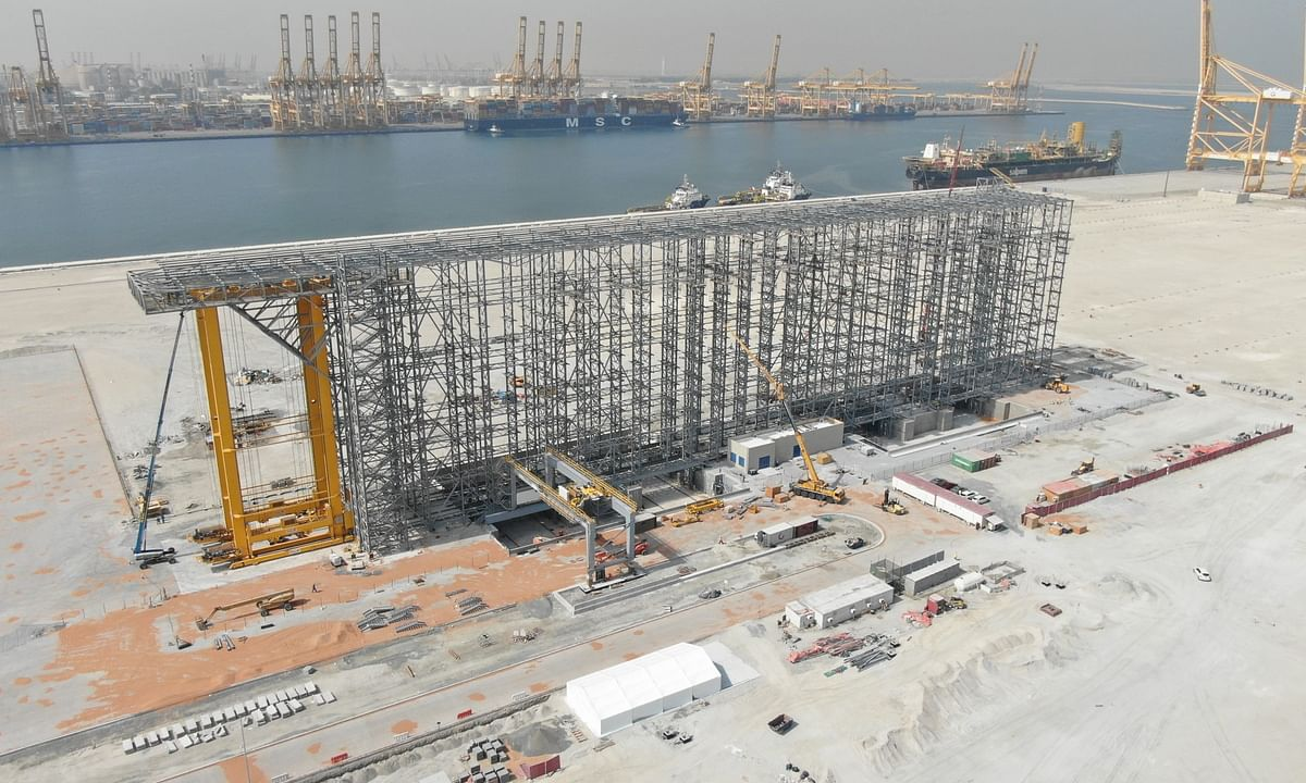 DP World Completes Assembly of World's First High Bay Store System