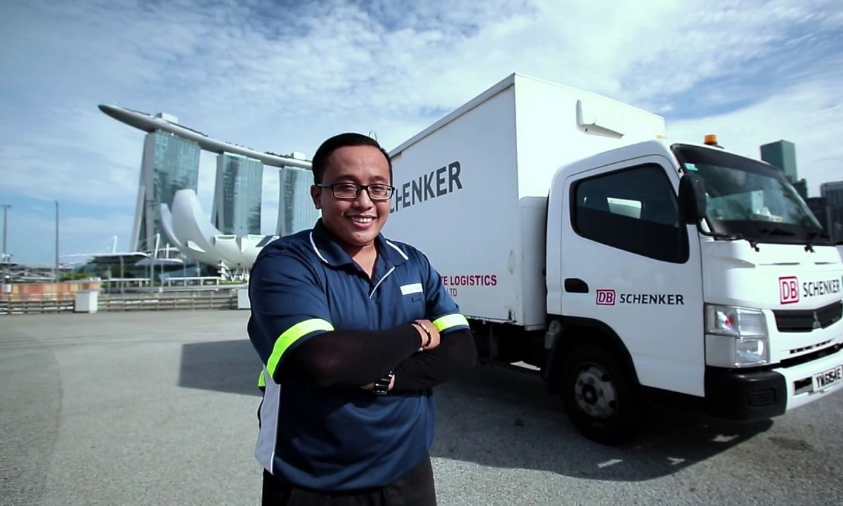 DB Schenker Opens New Singapore Warehouse