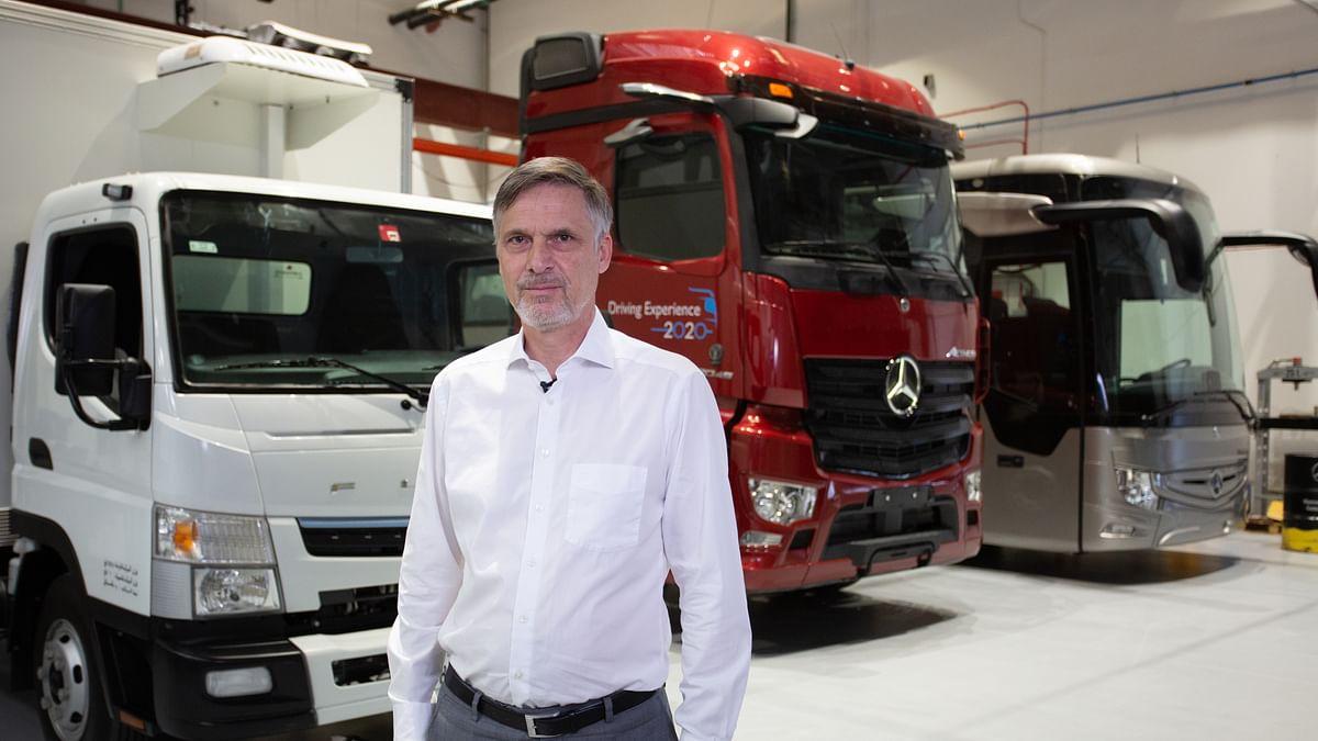 Watch: How Daimler Deploys Digital Technologies to Keep Dubai Moving