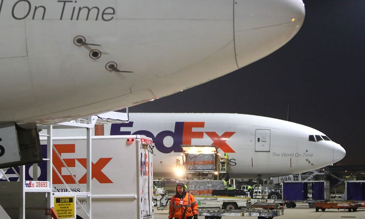 FedEx to Ship First Wave of COVID-19 Vaccines Across the United States