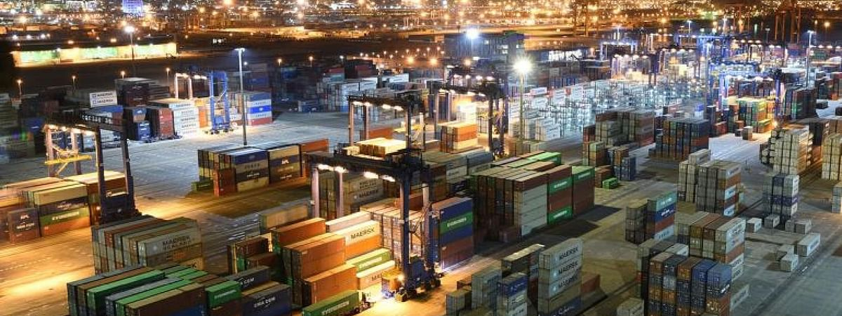 PIF, COSCO SHIPPING Ports Acquire Stakes in Red Sea Gateway Terminal
