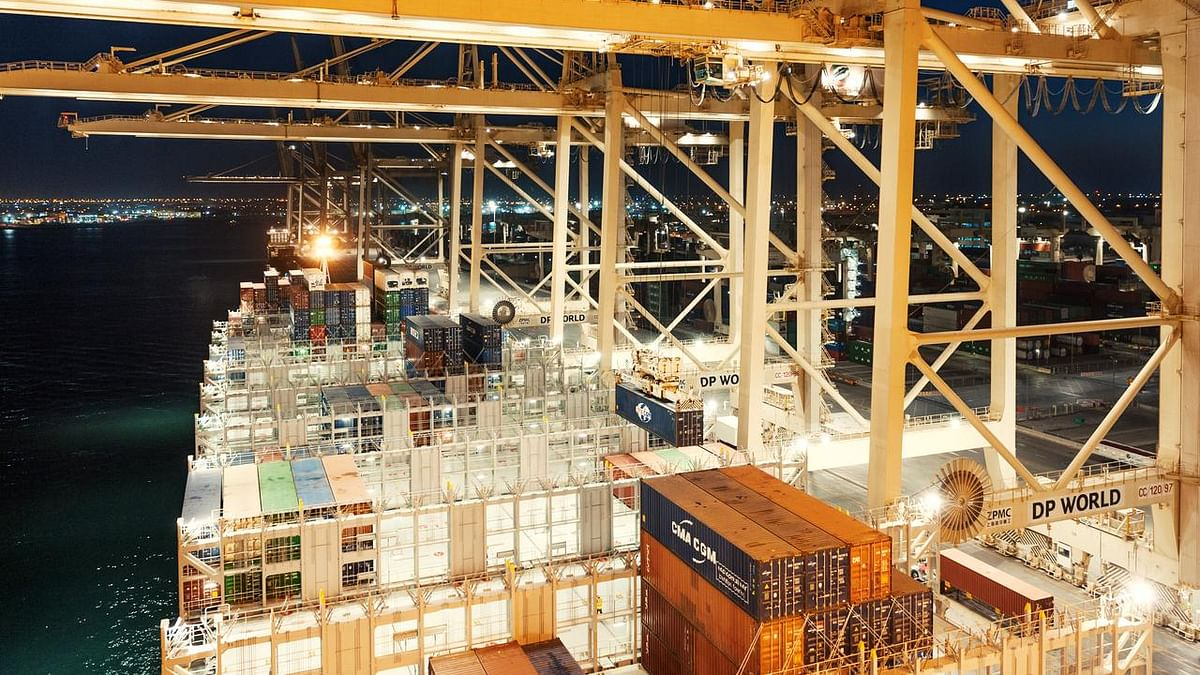 DP World Reports Flat Growth for 2020