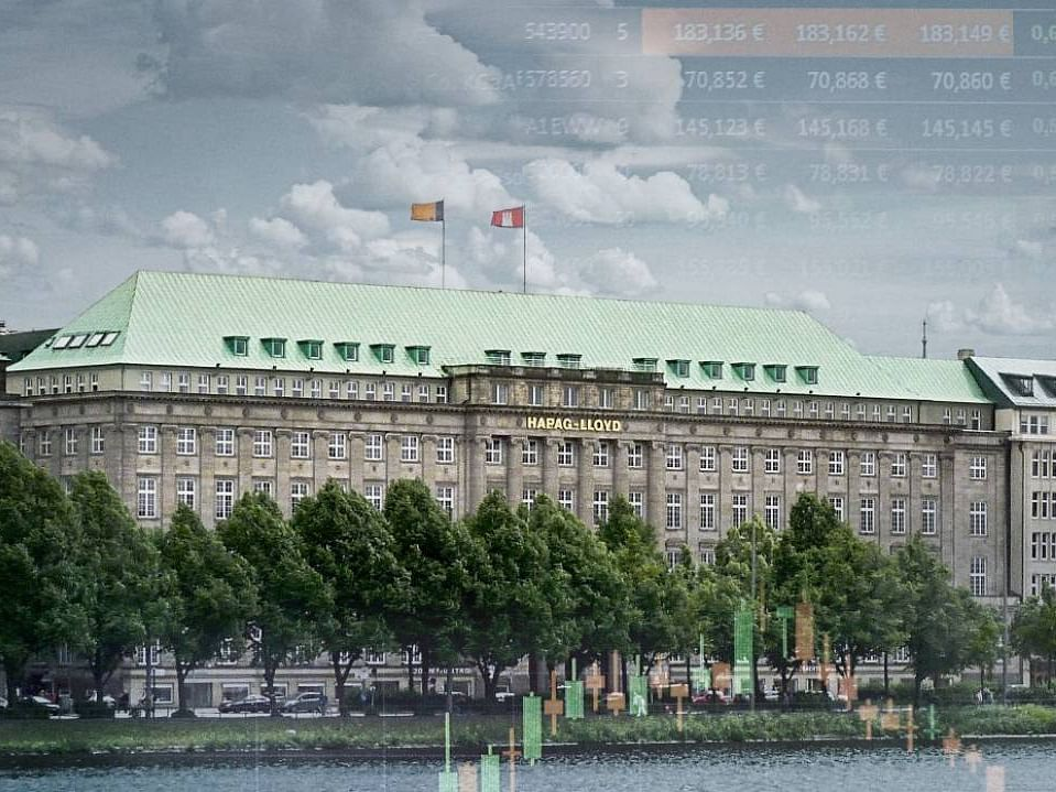 Hapag-Lloyd Sees Exceptionally Strong Demand for Container Transports