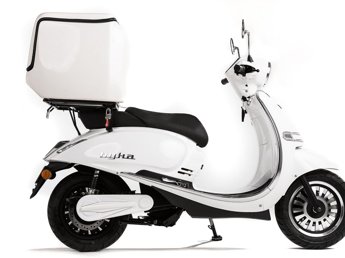 ONE MOTO: A Sustainable Solution to Urban Last-Mile Delivery