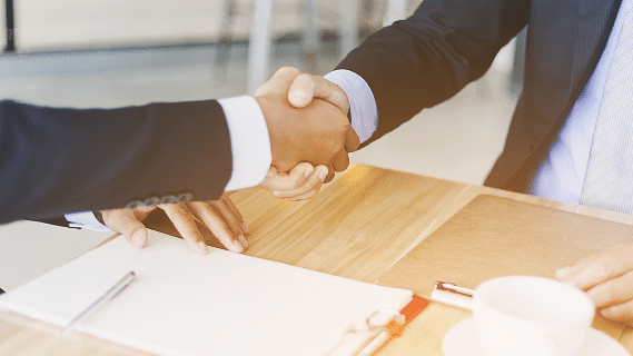 Aramex, DB Schenker Sign MoU for Expansion in Abu Dhabi and MEA Region