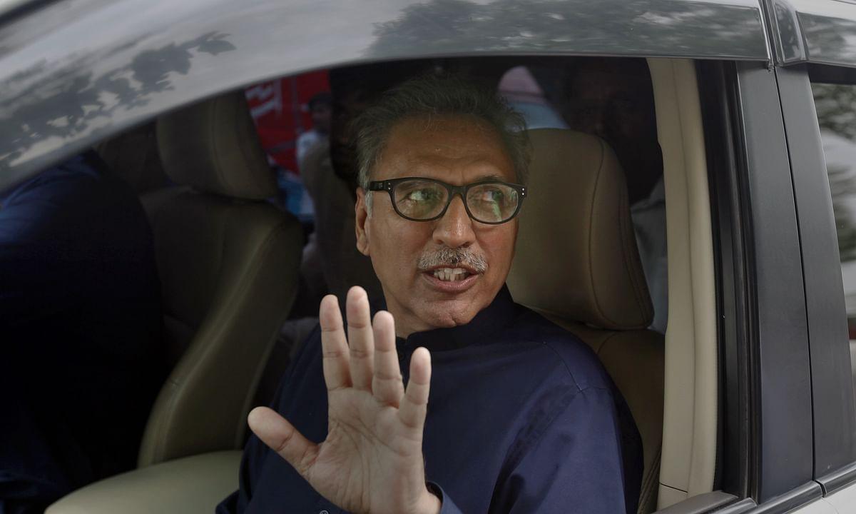 भारत के आक्रामक रवैये और उसके द्वारा खतरनाक हथियारों से पाकिस्तान को खतरा : आरिफ अल्वी