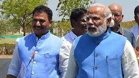 चिंतमनी मालवीय और प्रधानमंत्री मोदी