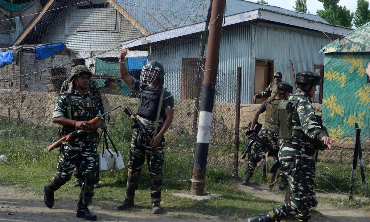 जम्मू एवं कश्मीर मुठभेड़ में जवान शहीद, 2 आतंकवादी ढेर