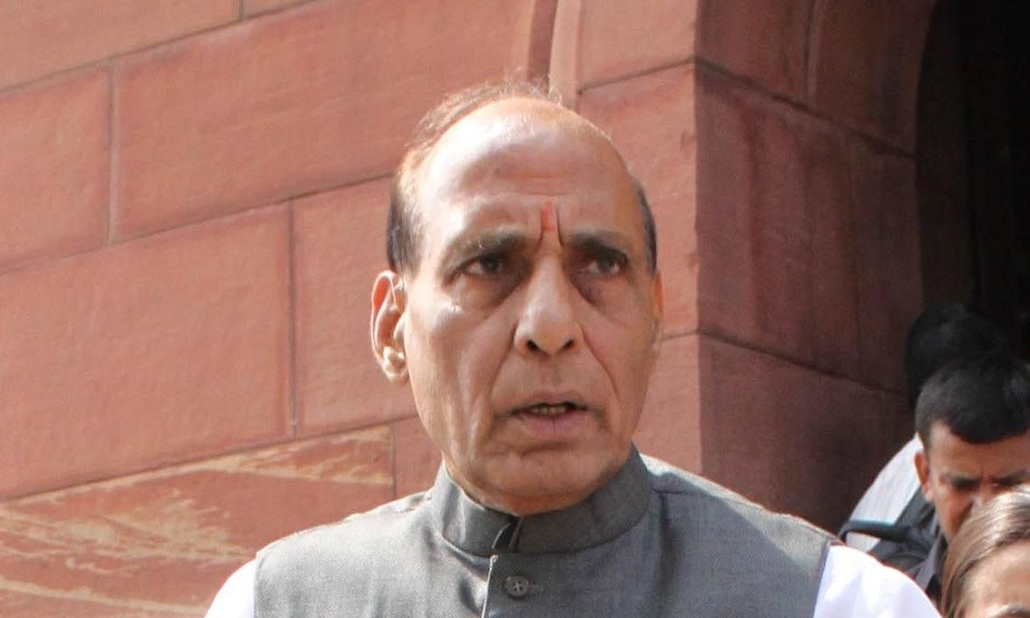 राष्ट्रीय सुरक्षा से खिलवाड़ कर रही कांग्रेस : राजनाथ