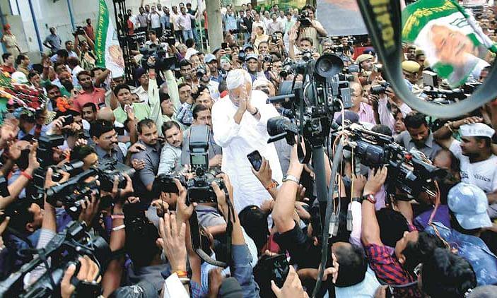 बिहार के मुख्यमंत्री नितीश कुमार ने की गाँधी जी के स्मरण में पदयात्रा