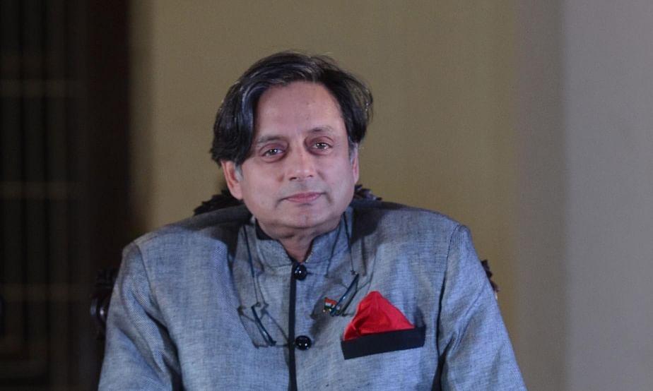 रविशंकर प्रसाद 'हत्यारोपी' की टिप्पणी पर माफी मांगे  : थरूर