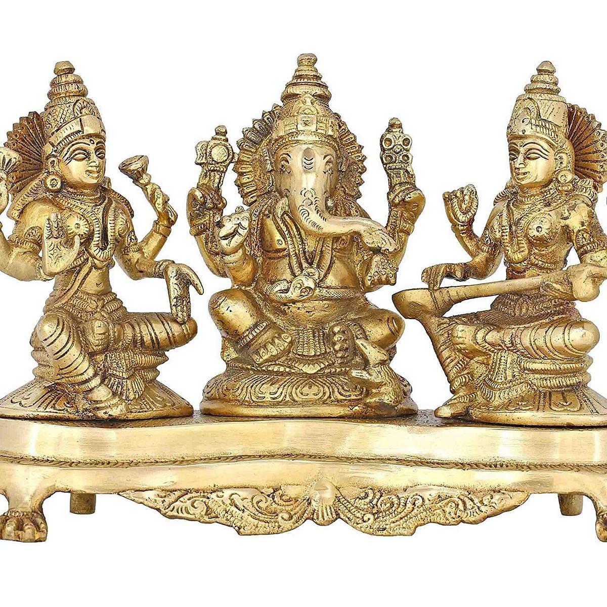 लक्ष्मी, गणेश और सरस्वती की मूर्ति