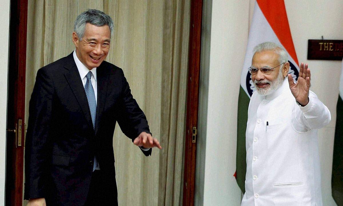 प्रधानमंत्री नरेंद्र मोदी ने की सिंगापुर के प्रधानमंत्री ली से मुलाकात