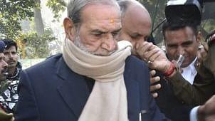 1984 के सिख विरोधी दंगों का मामला-कांग्रेस के पूर्व नेता सज्जन कुमार ने किया समर्पण