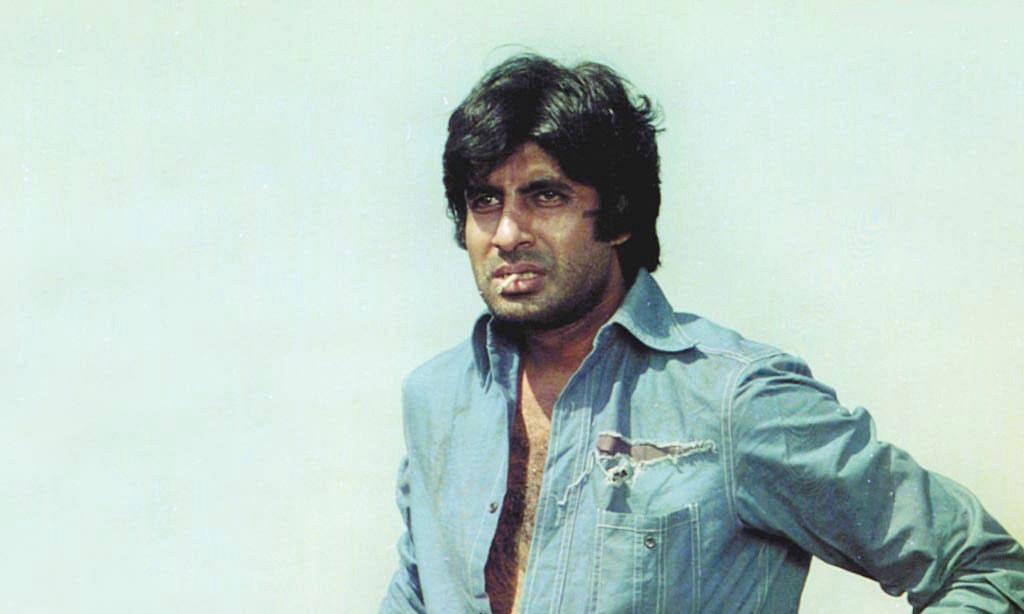 मेगा स्टार अमिताभ बच्चन की अपार लोकप्रियता के पीछे क्या कारण है?