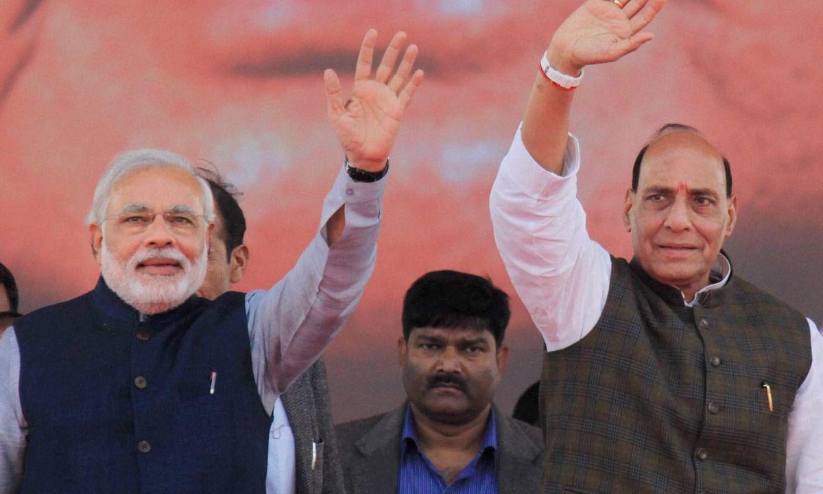 गृह मंत्री राजनाथ सिंह ने  कहा, '' अगर सदस्य चाहते हैं कि चर्चा हो तो सरकार राफेल तथा अन्य मुद्दों पर चर्चा के लिए तैयार है। ''