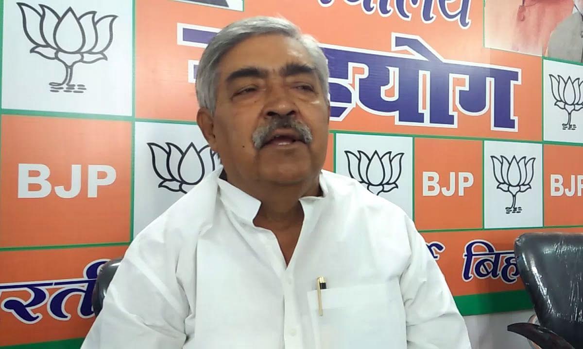 BJP नेता को भारी पड़ा प्रियंका गांधी पर हमला, उठी मंत्रिपरिषद से बाहर निकालने की मांग