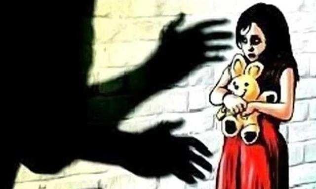 कलंकित हुआ बाप-बेटी का रिश्ता: शराबी पिता ने 14 साल की बेटी से किया बलात्कार