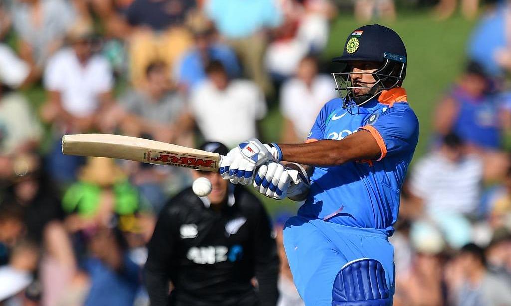 NZ v IND, 1st ODI, Napier : न्यूजीलैंड में चमका शिखर का बल्ला, ऐसा करने वाले दूसरे भारतीय बने