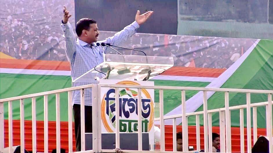 दिल्ली के मुख्यमंत्री अरविंद केजरीवाल (Delhi Chief Minister Arvind Kejriwal)