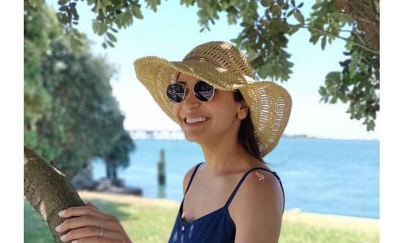 अनुष्का शर्मा को मिली उनकी हमशक्ल, हूबहू उनके जैसी हैं जूलिया माइकल्स