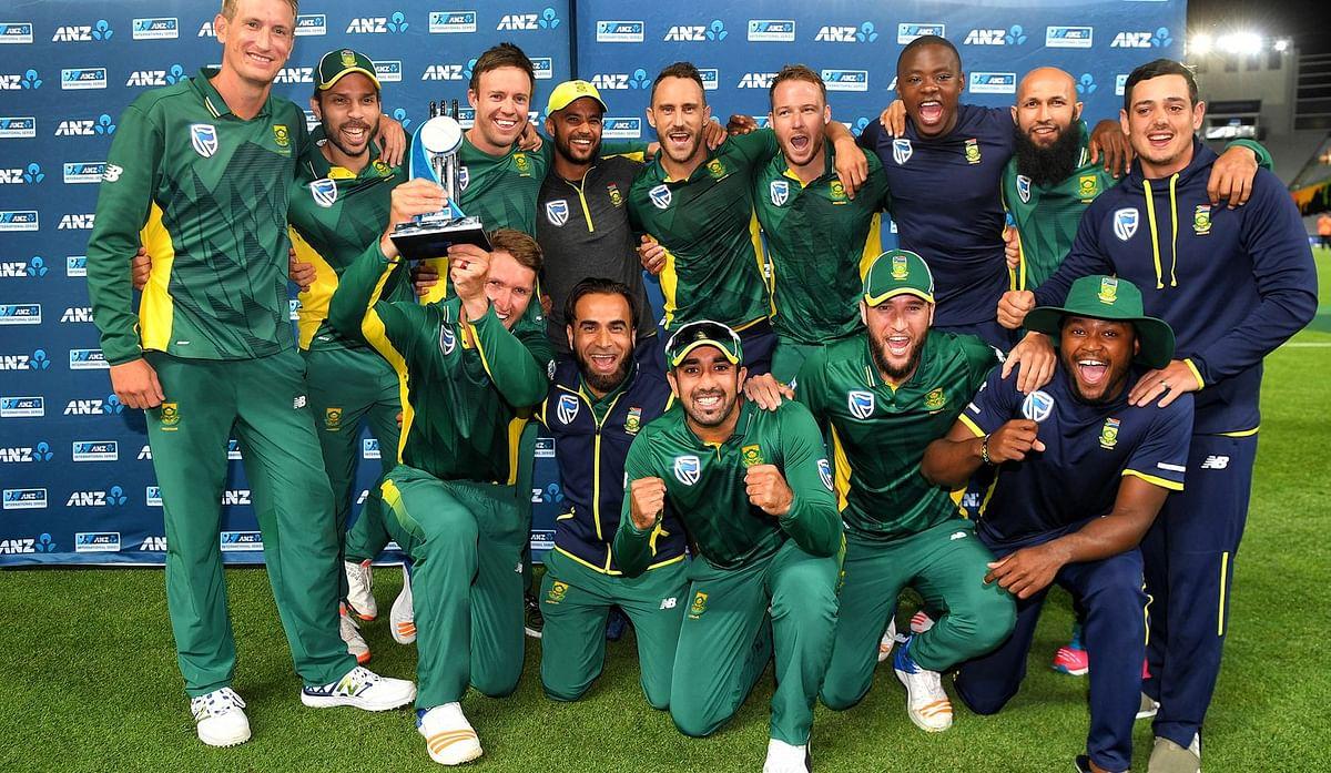दक्षिण अफ्रीका : (चार बार सेमीफाइनल)