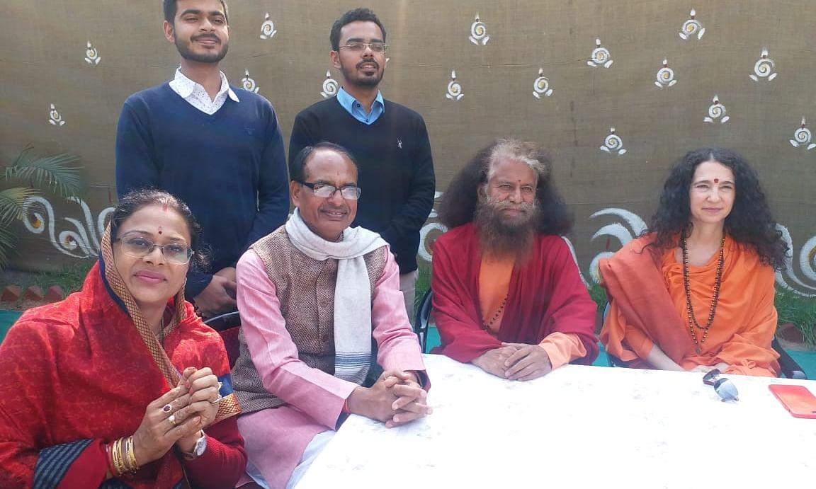 Rafale CAG Report: राहुल गांधी को हुआ 'पीलिया', शिवराज सिंह चौहान दे रहे हैं दवा