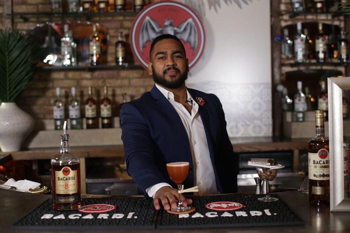 बार-टेंडर (Bartender)