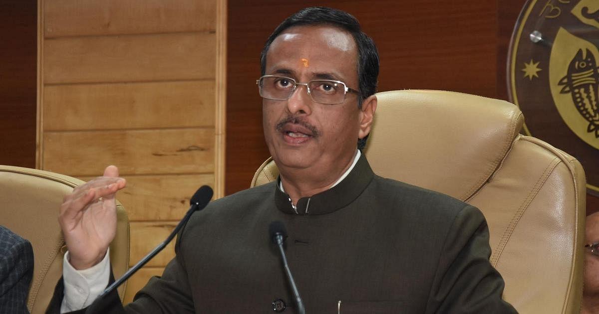 उत्तर प्रदेश के उप-मुख्यमंत्री दिनेश शर्मा