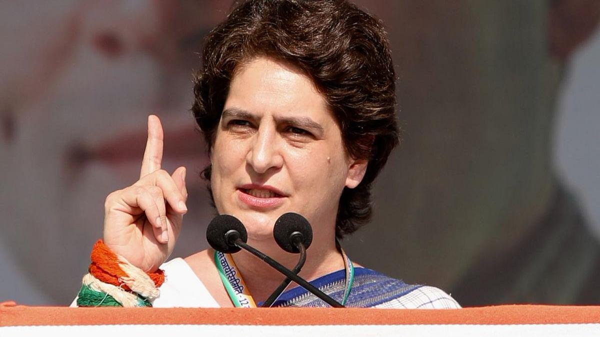 गांधीनगर: प्रियंका गांधी ने 7 मिनट के भाषण में किए 7 सवाल, विरोधी सोच कर दें जवाब