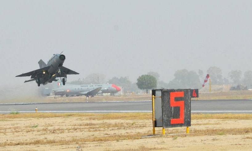 जांच के बाद पता चला, पक्षी के टकराने से दुर्घटनाग्रस्त हुआ था MiG 21