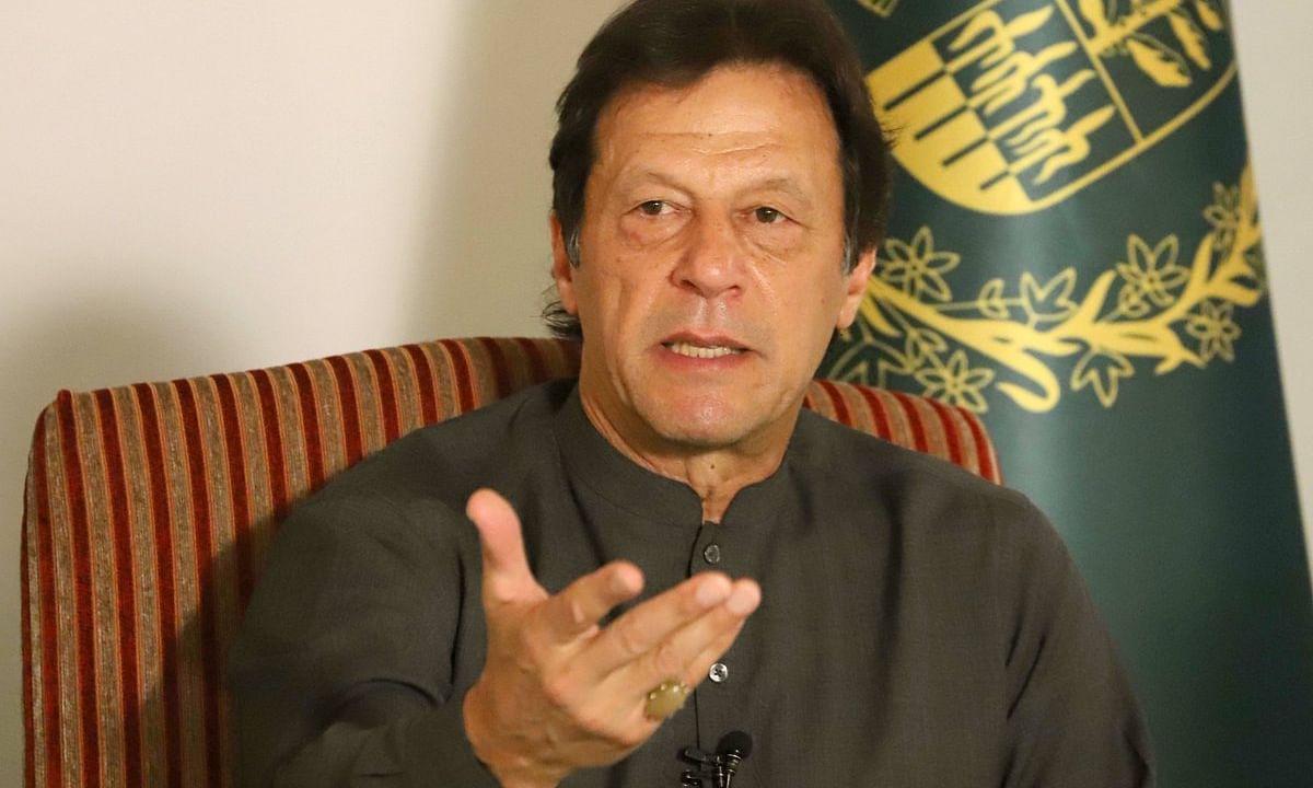 भारत-पाकिस्तान तनाव के बीच कम हो रही है, पाक PM इमरान खान की संपत्ति
