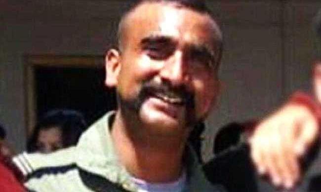 पाकिस्तान फतेह कर लौटा भारतीय 'फाइटर', देश कर रहा है अपने हीरो को सलाम