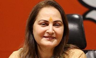 रामपुर: वोट बटोरने के लिए जया ने बहाये आंसू, आज़म खान को मंच से कोसा