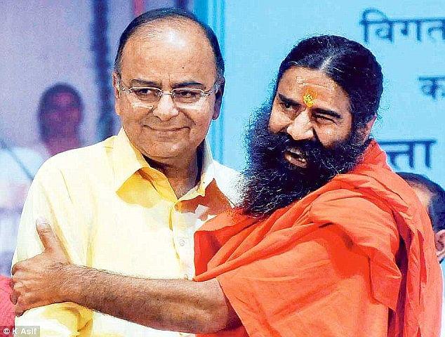 योग गुरु बाबा रामदेव और अरुण जेटली