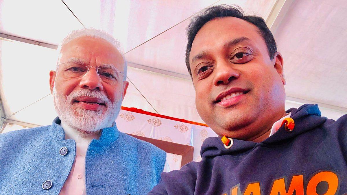 प्रधानमंत्री मोदी के साथ बीजेपी प्रवक्ता संबित पात्रा