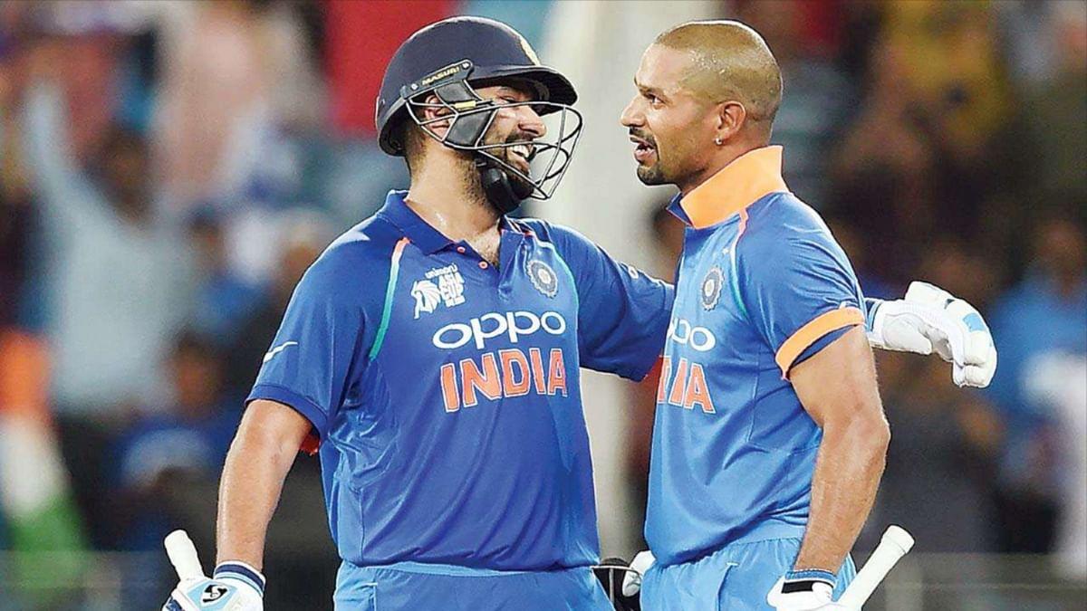 वर्ल्ड कप मैच के दौरान शिखर धवन और रोहित शर्मा