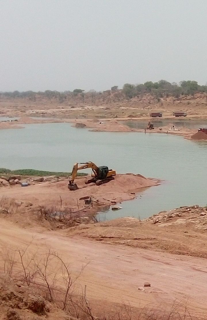 illegal sand mining in Banda