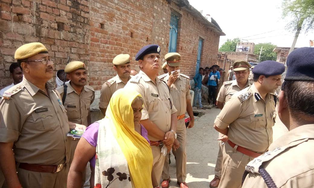 हमीरपुर के राठ कस्बे में एक ही परिवार के तीन शव मिलने से जिले में सनसनी
