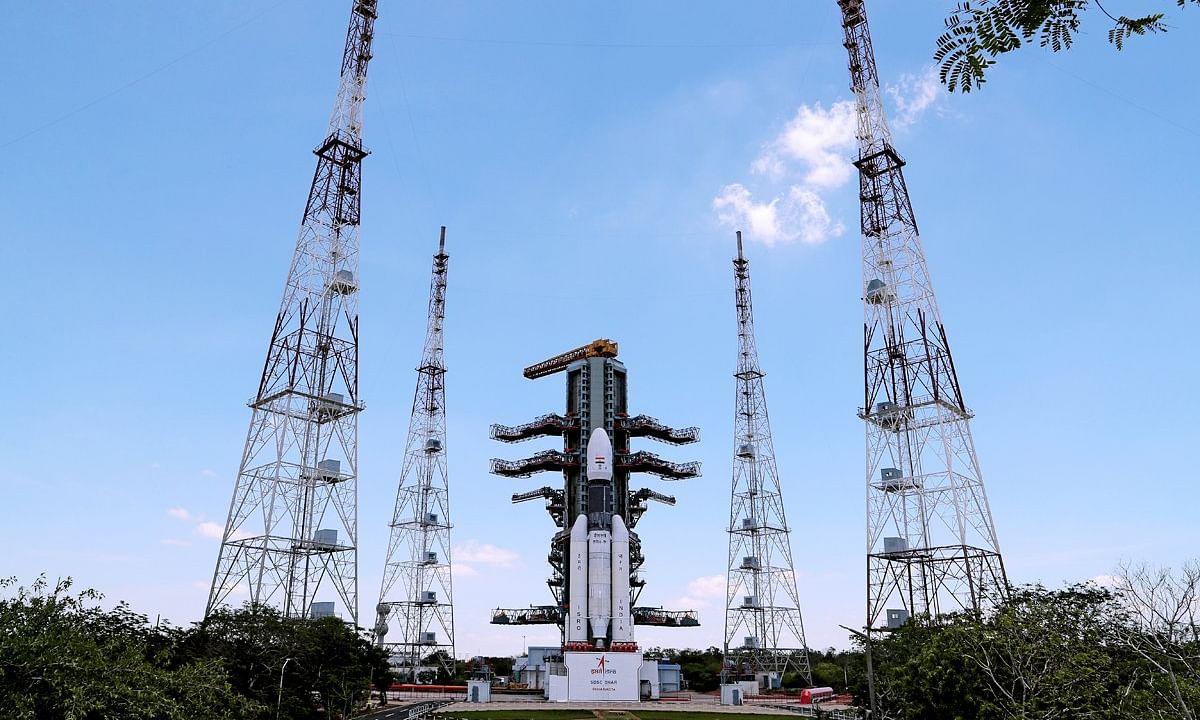 चाँद पर भारत की धाक, ISRO ने की चंद्रयान 2 के सफल उड़ान की घोषणा