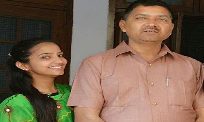 Sakshi Mishra with her Father Rajesh Mishra