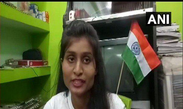 आखिर कौन है ऋचा भारती जो एका-एक सोशल मीडिया स्टार बन गई, और बीजेपी नेता उसके लिए हर तरह की मदद के लिए तैयार हैं