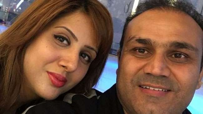 Virendra Sehwag with wife Arti Sehwag